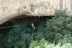 Tirolina Cueva